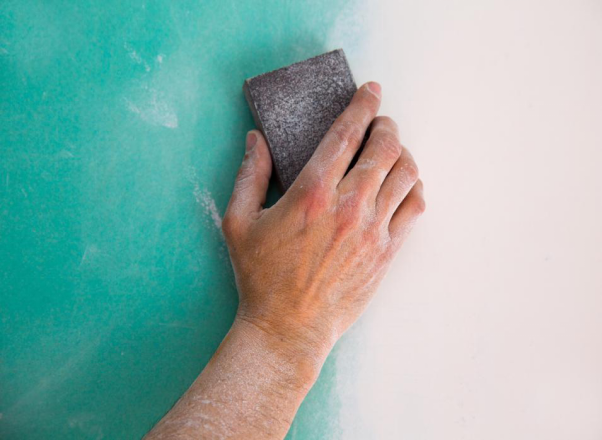 How to Remove Mold from a Drywall